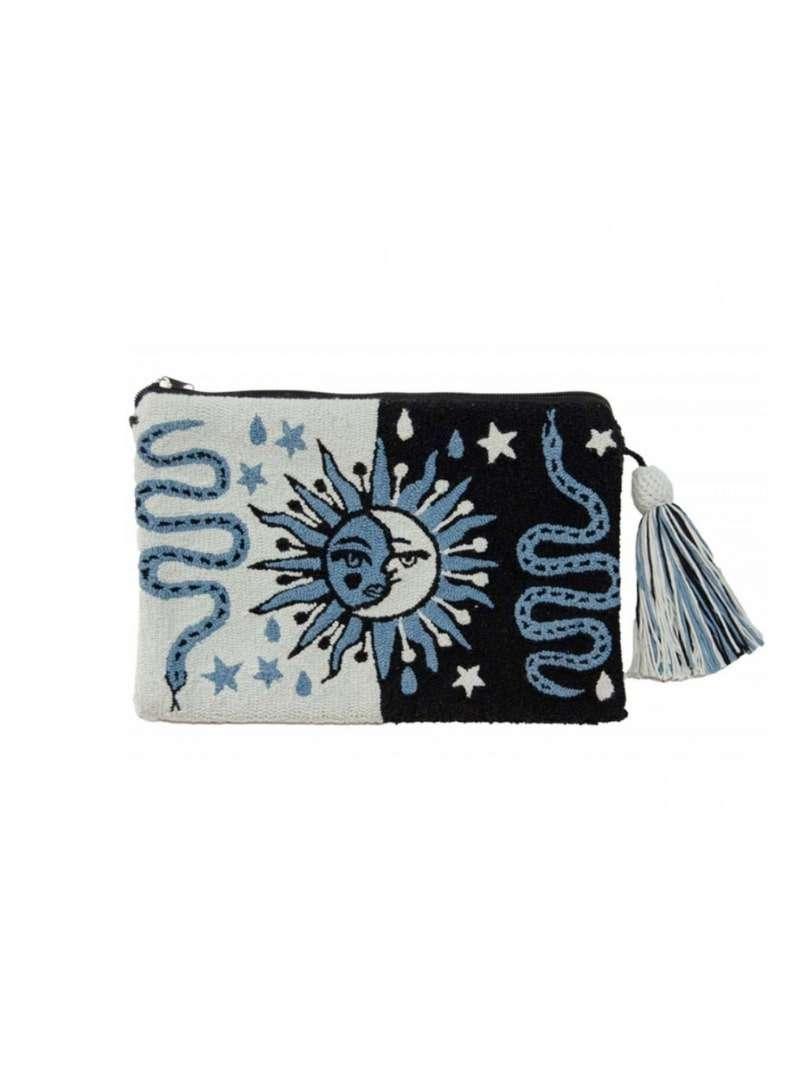 pochette bleue et noir mama tierra sanna conscious concept