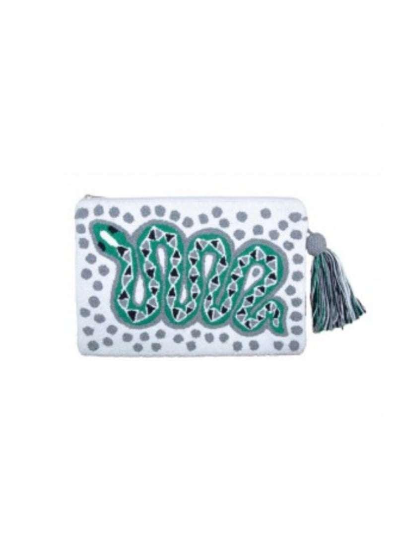 pochette blue avec un serpent vert sur le devant mama tierra sanna conscious concept