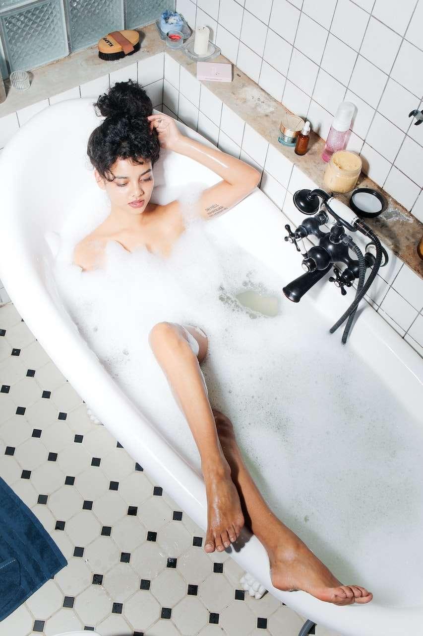 detox bath archive How to Make an Ayurvedic Detox Bath that will Make you Sweat sanna conscious concept